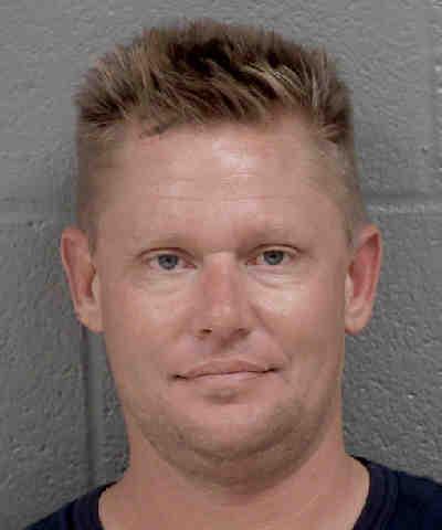 MICHAEL JAMES PODWAY resultados de la busqueda de los registros oficiales del condado de Mecklenburg